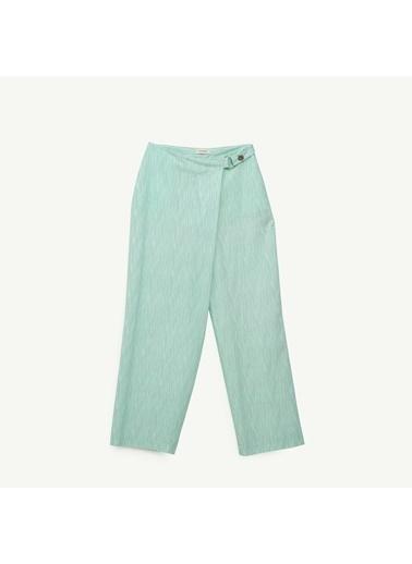 Yargıcı Toka Detaylı Pantolon Yeşil